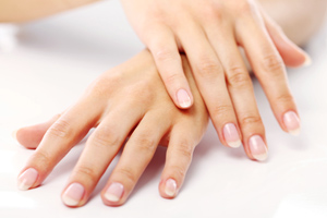 Aromatherapy Treatments For Beautiful Nails