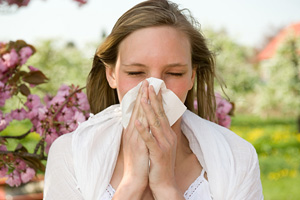 Essential oils to help bring relief to spring allergies